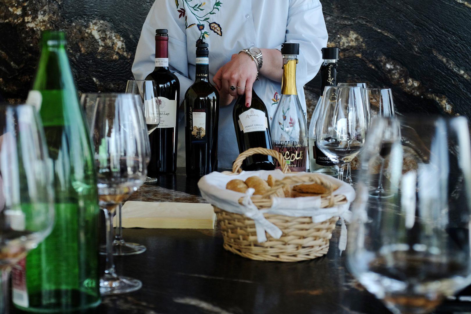 wine-roccolodellago_cut