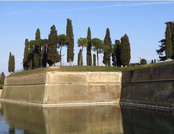 The thick walls of Peschiera